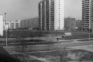 Улица Матвеевская, 26. На переднем плане д.20, 18 к.1 и 2. На дальнем плане круглый дом. Середина 70-х