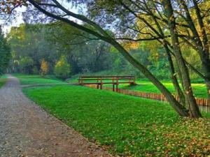 Зеленые зоны отдыха и пойма реки Очаковки с прудами Жилой Комплекс О7
